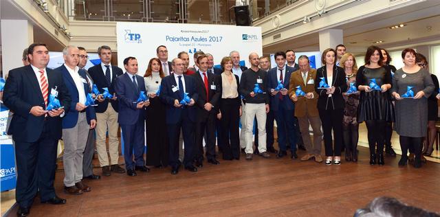 La ciutat de Lleida, premiada per la recollida selectiva de paper i cartró